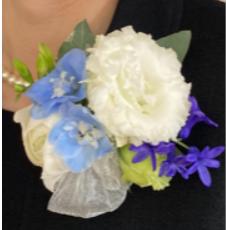 胸元を彩る 手作り生花コサージュ ワークショップ